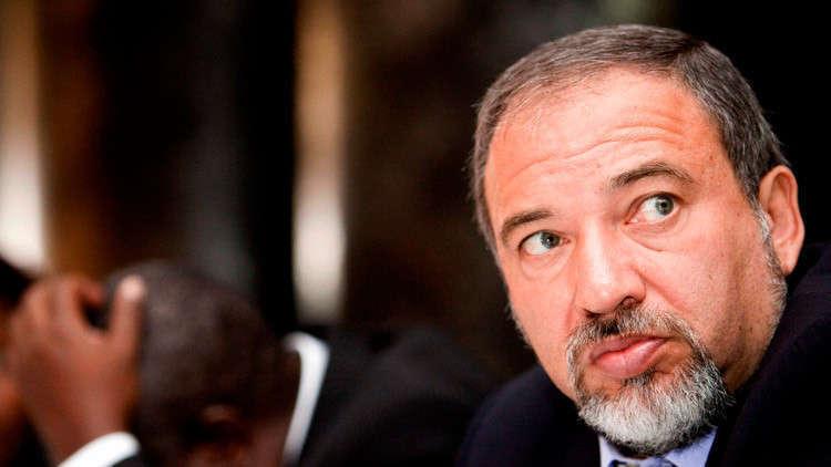 استقالة ليبرمان إثر الخلاف مع نتنياهو على طريقة مواجهة غزة
