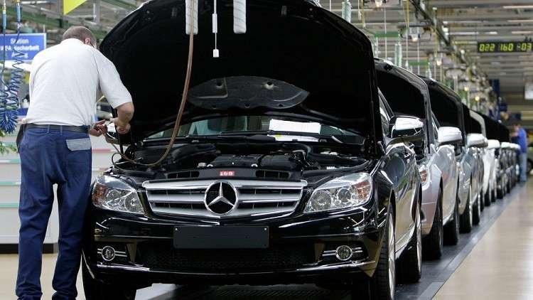 الاتحاد الأوروبي يهدد أمريكا بردّ مماثل إذا ما فرضت رسوما على سياراته