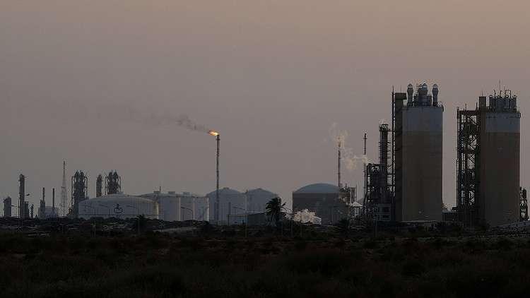 ليبيا تأمل بإعفائها من خفض إنتاج النفط