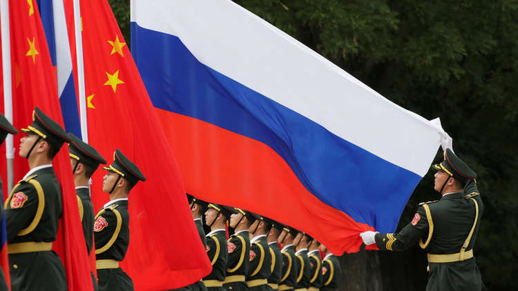 الصين تتطلع لتعزيز التعاون في مجالي الطاقة والتجارة مع روسيا