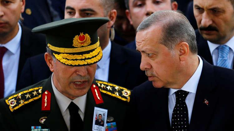 صورة من سورية تثير امتعاض وزير الدفاع التركي
