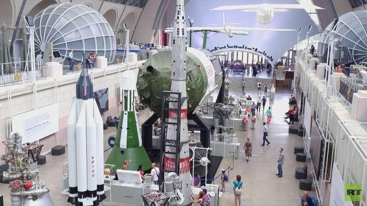 أي صاروخ سيحمل المركبات الفضائية إلى القمر عام 2030؟