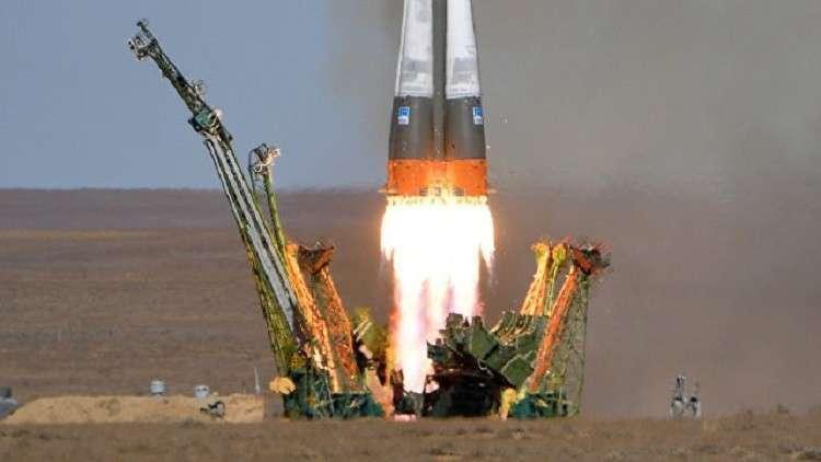 روسيا تطلق ثلاثة أقمار صناعية عسكرية إلى الفضاء 5bf7bf34d43750dc058b456c