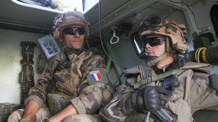 الجيش الفرنسي يعلن تحييد 30 متشددا في مالي