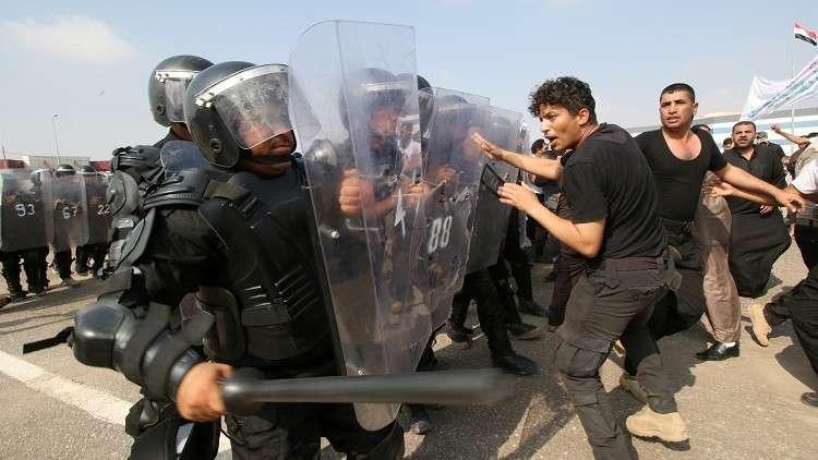 العراق.. الأمن يطلق النار على تظاهرات في البصرة