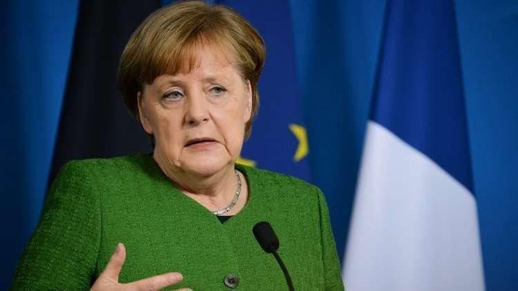 شاهد.. ألمانيا تكشف حقيقة الخلل الذي أصاب طائرة ميركل