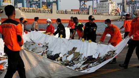 """كارثة طائرة الركاب """"ليون آير"""" التي تحطمت اليوم قبالة جزيرة جاوة بعد إقلاعها من جاكرتا"""