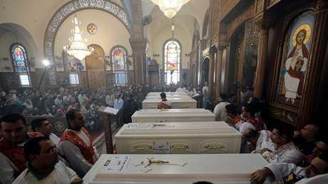 مراسم تشييع المسيحيين الأقباط الذين قتلوا في هجوم المنيا، مصر، 3 نوفمبر 2018