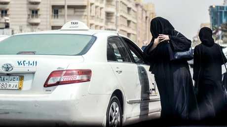 التاكسي في السعودية - أرشيف