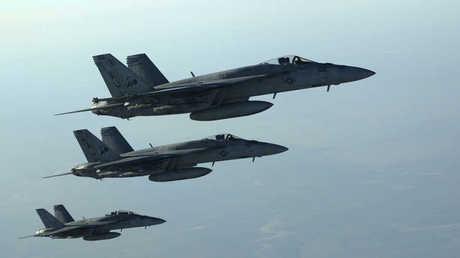 """طائرات حربية أمريكية تابعة لقوات التحالف الدولي ضد """"داعش"""" (أرشيف)"""