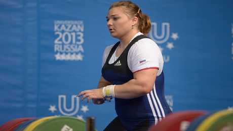 الروسية كاشيرينا تتوّج بذهبية بطولة العالم لرفع الأثقال (فيديو)