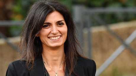 رئيسة بلدية روما فيرجينيا راغي