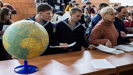 مدرسة عسكرية داخلية للفتيان في روسيا - ارشيف