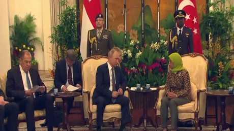 بوتين يشارك بقمة شرق آسيا في سنغافورة