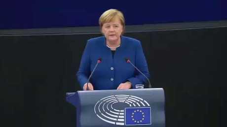ميركل تؤيد فكرة إنشاء جيش أوروبي موحد