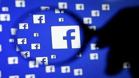 فيسبوك تصلح ثغرة تهدد معلومات المستخدمين الشخصية