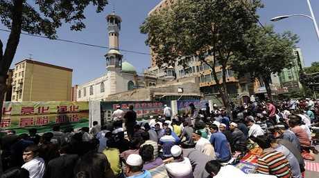 سفراء غربيون يطلبون إيضاحات حول معاملة المسلمين بالصين