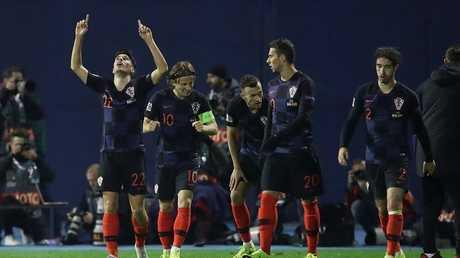 شاهد.. كرواتيا ترد التحية لإسبانيا