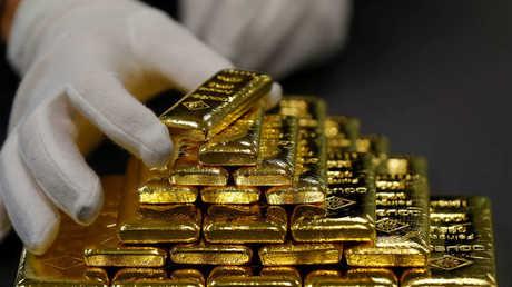 روسيا تشتري ذهبا بنحو 3.5 مليار دولار في شهر