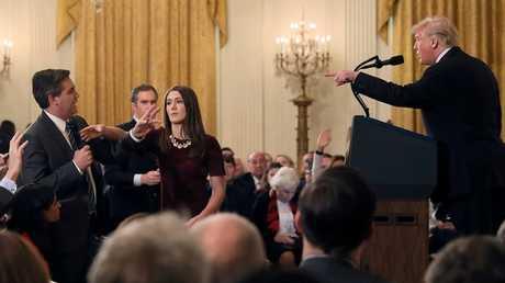 """محكمة أمريكية تصدر أمر قضائيا يلزم البيت الأبيض بإعادة تصريح مراسل """"سي إن إن"""""""