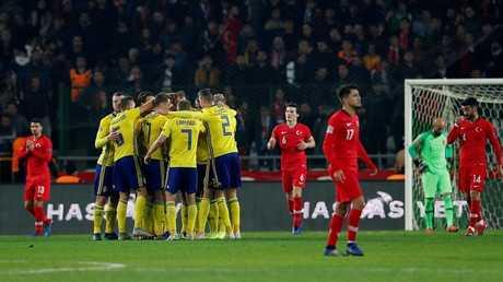 فيديو.. السويد تهزم تركيا في عقر دارها