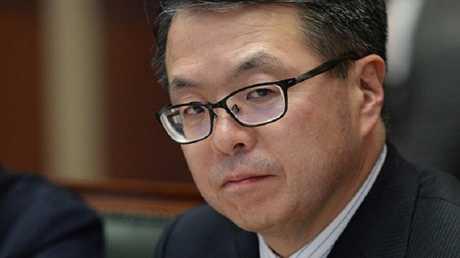 وزير الاقتصاد الياباني هيروشيغي سيكو