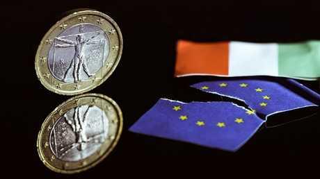 الاتحاد الأوروبي أم إيطاليا.. من يدمر الآخر؟