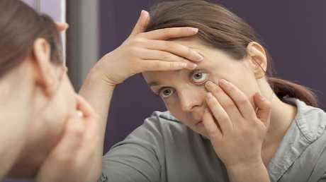اكتشاف بروتين خطير في العين