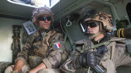 جنديان فرنسيان - أرشيف -
