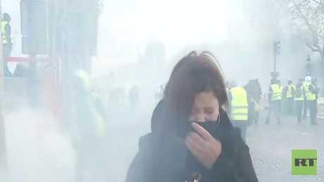 إصابات بالغاز المسيل للدموع لصحفيين بينهم مراسلة RT في باريس