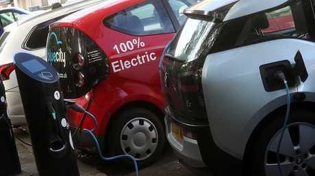 سيارات تعمل بالطاقة الكهربائية