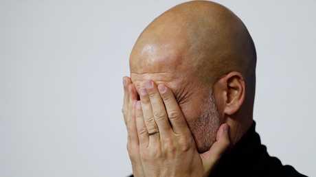 شاهد.. ردة فعل غوارديولا بعد مقارنته بمورينيو