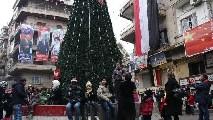 جنرال روسي يعد جميع أيتام حلب بهدايا في أعياد رأس السنة