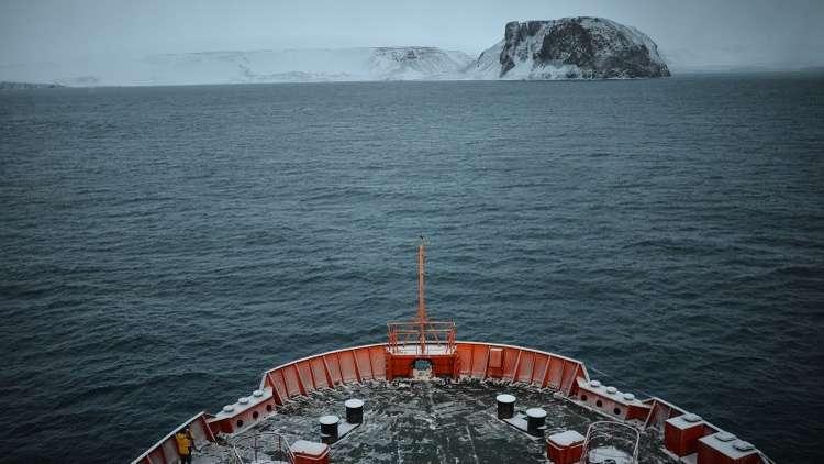 قناة أمريكية: الولايات المتحدة خسرت السباق إلى القطب الشمالي أمام روسيا