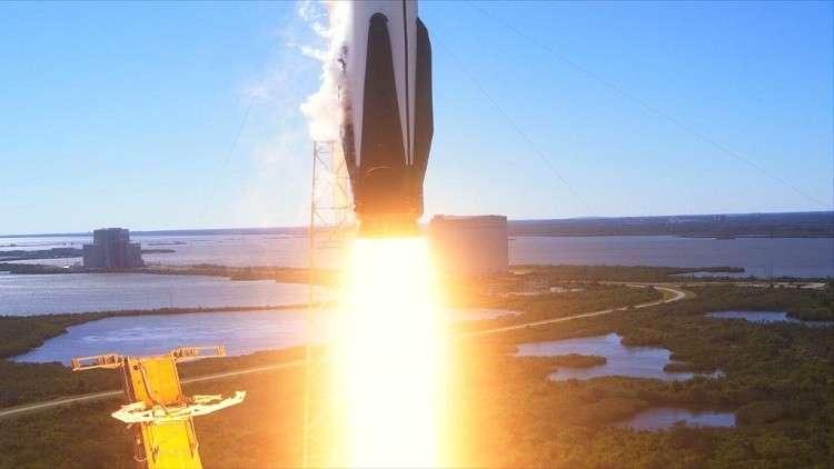فيديو يوثق سقوط المرحلة الأولى لصاروخ