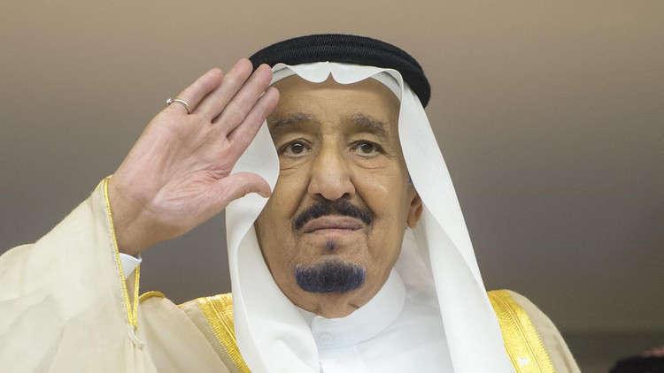أمير الكويت يهنئ العاهل السعودي