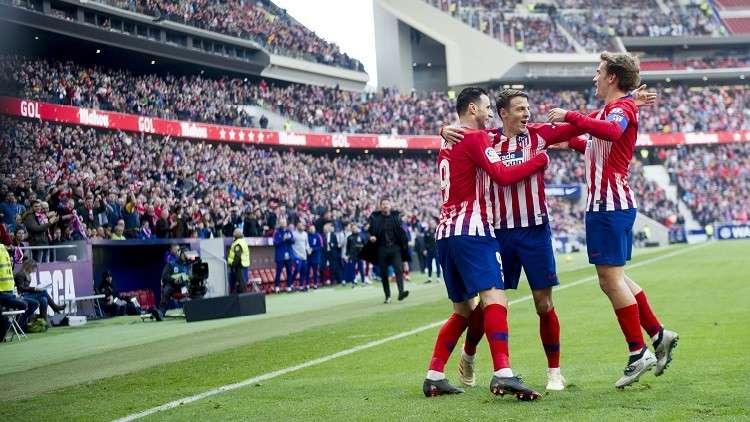 أتلتيكو مدريد يتغلب على ألافيس ويلحق ببرشلونة في صدارة الليغا