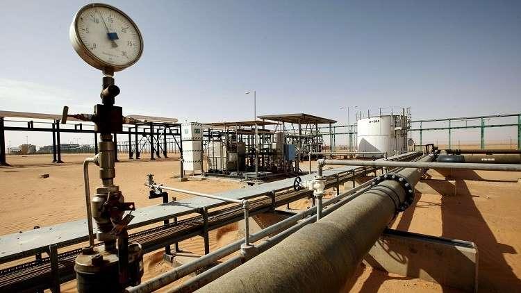 محتجون يحاولون وقف الإنتاج في حقل الشرارة الليبي