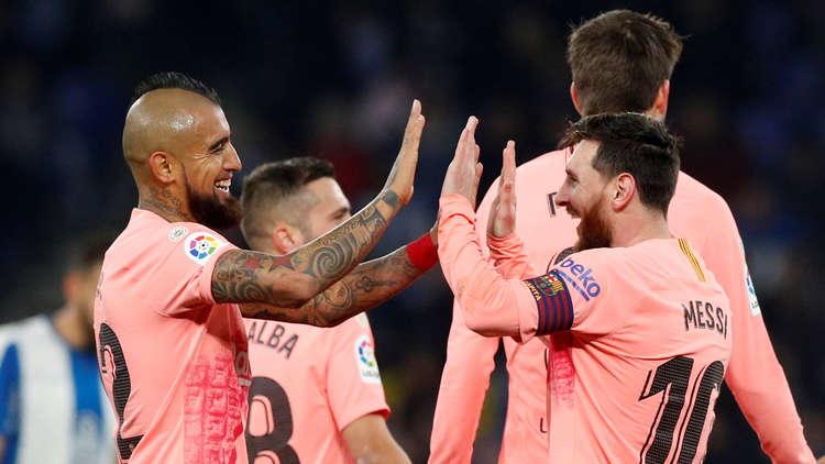 برشلونة يقسو على إسبانيول ويعزز صدارته لليغا