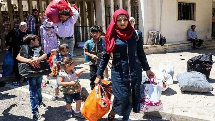 الدفاع الروسية تطلب من دمشق توضيح ما يشاع عن رسوم إصدار الوثائق للّاجئين