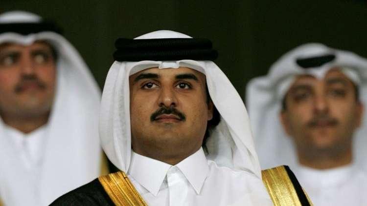 أمير قطر يهاجم