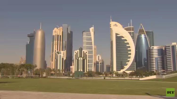 وزير الخارجية البحريني يتهم قطر بالتآمر