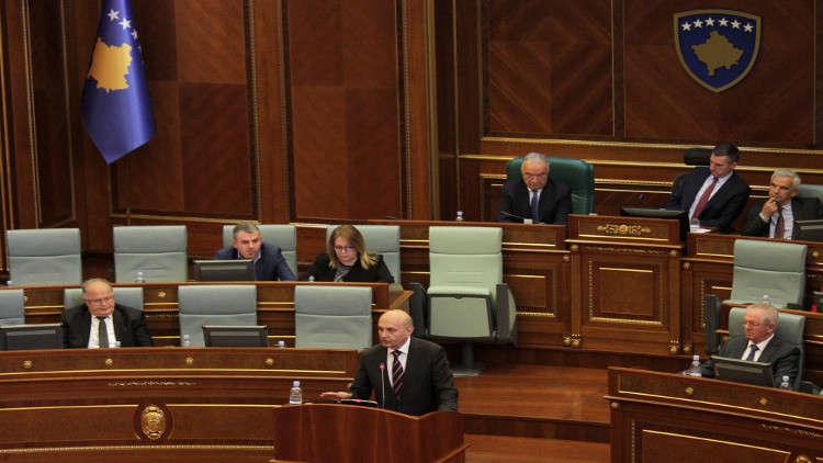 كوسوفو تشكل وفدا للتفاوض مع صربيا بعد تصاعد التوتر بينهما