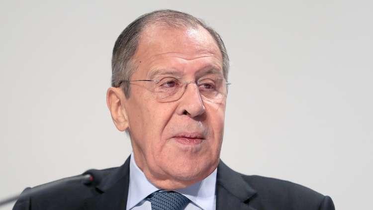 لافروف: موسكو سترد على  استفزازات كييف قرب الحدود الروسية