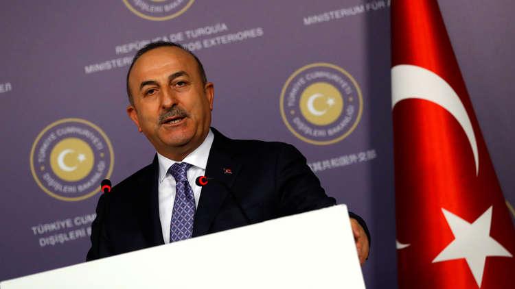تشاووش أوغلو:  FBI الأمريكي يعتقل بعض أنصار المعارض التركي غولن
