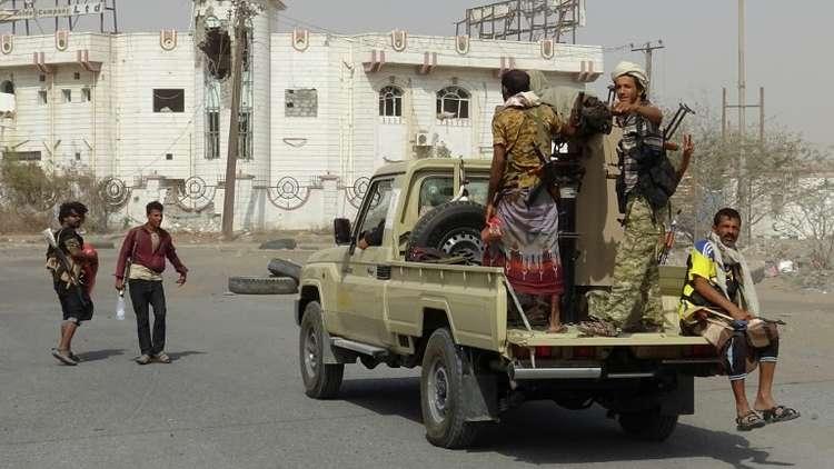 بدء تطبيق وقف إطلاق النار في الحديدة اليمنية.. وأنباء عن اشتباكات في الميناء