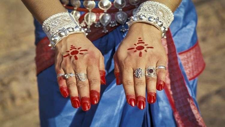 دراسة تكشف تأثير ارتداء الخواتم في الصحة والقدرة الجنسية
