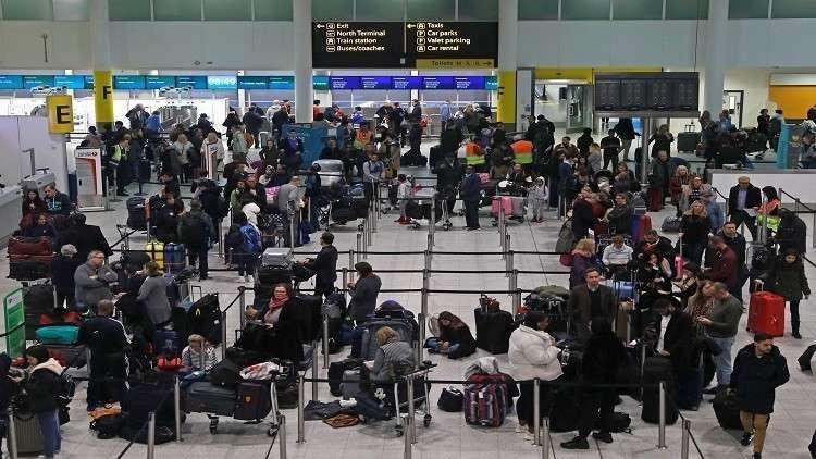 القبض على مشبوهين بإطلاق الدرونات التي عطلت مطار لندن