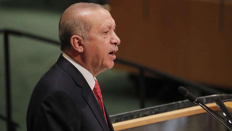 أردوغان يطلق سلسلة من الوعود الاقتصادية