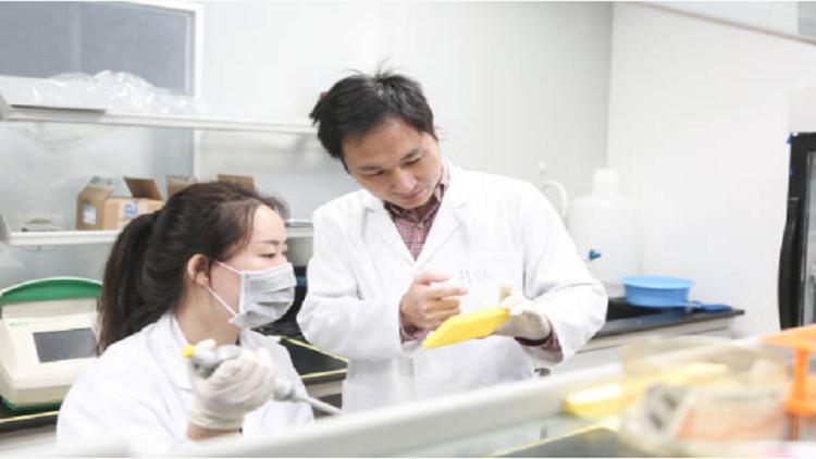 تقرير: فقدان الاتصال بين علماء تجربة التعديل الجيني والمرضى في الصين!